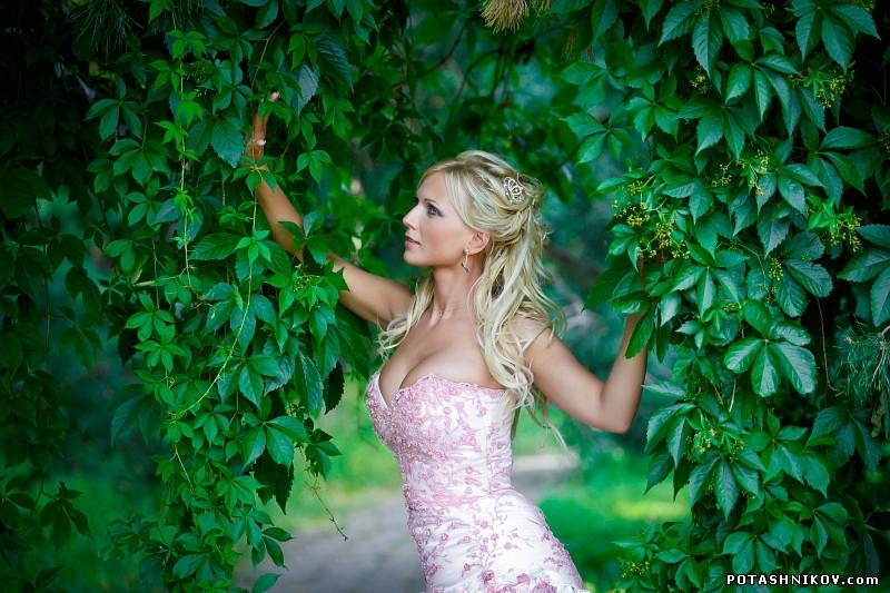 http://potashnikov.com/gallary/d/30506-3/wedding-minsk-2013-5.jpg